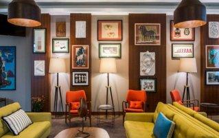 Lobby van Hotel en Bistro The Artist