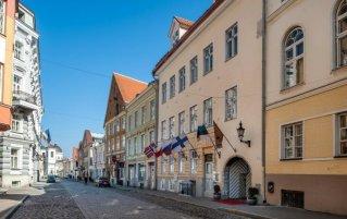 Buitenkant van hotel Three Crowns Residents in Tallinn