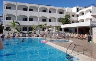 Buitenzwembad van Hotel Imperial op Kos