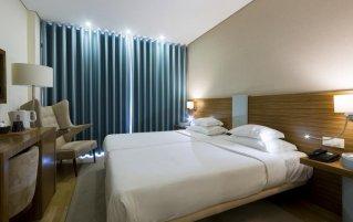 Tweepersoonskamer van hotel Meira Noord-Portugal