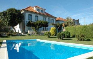 Vooraanzicht van landhuis Quinta Casa Grande Pinheiro