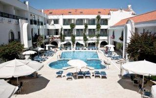 Zwembad van Hotel Suave Mar