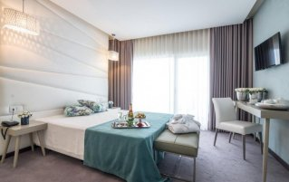 Tweepersoonskamer van hotel de Ilhavo Plaza & Spa