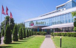 Vooraanzicht van hotel Bellevue Park Riga