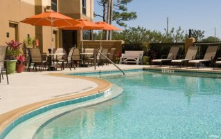 Buitenzwembad van Hotel Hampton Inn Orlando Near Universal Blv in Orlando