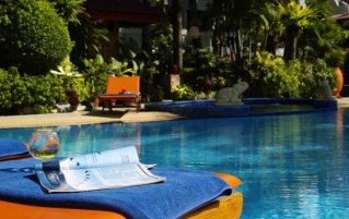 Zwembad van hotel Safari beach