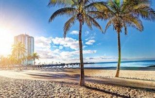 Strand van hotel Arrecife Gran in Lanzarote