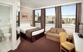 Slaapkamer van hotel Jury's Inn in Edinburgh