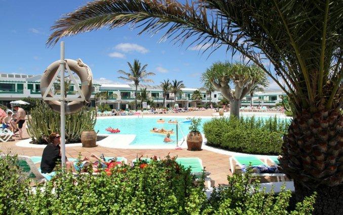 Zwembad van appartementen Costa Sal in Lanzarote